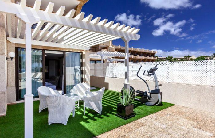 alojamiento deportivo en Lanzarote ; Hotel Occidental Lanzarote Mar
