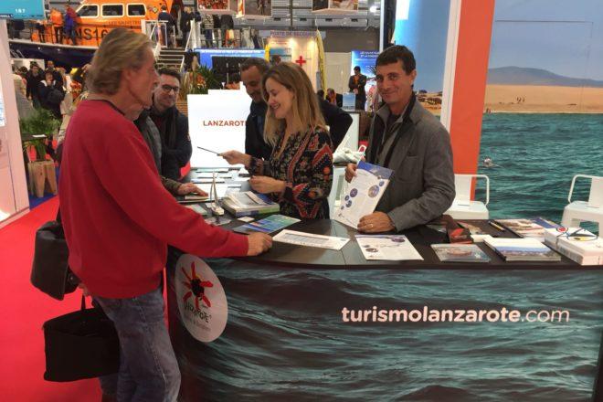 #LanzaroteESD se promociona en el salón de náutica de París