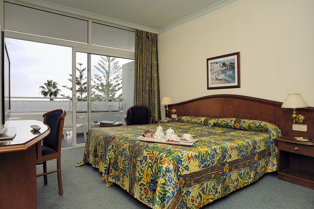 7678092930_4819ff718c_zVIK hotel San Antonio